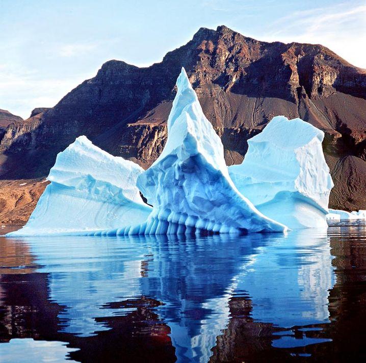 """Eisberg im Scoresby Sund von Grönland (Archivbild 2001): """"Der Welt bleibt nur noch wenig Zeit"""""""