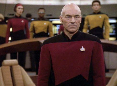 Captain auf der Brücke: Die Crew steht immer hinter Jean-Luc Picard.
