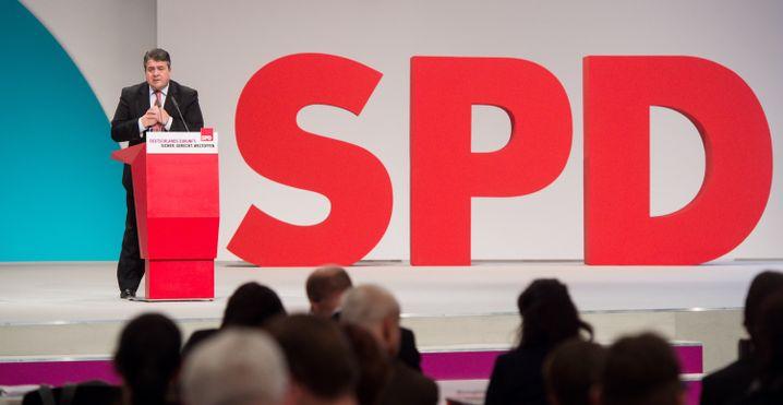 """SPD-Chef Gabriel auf dem Parteitag: """"Mir ist hier zu viel Schulterklopfen"""""""
