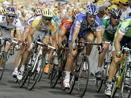 Etappensieger Boonen (3.v.l.): Spezialdisziplin Sprint