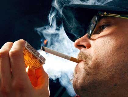 Zigarettenrauch: Enthält mehr Schmutzpartikel als Dieselabgase