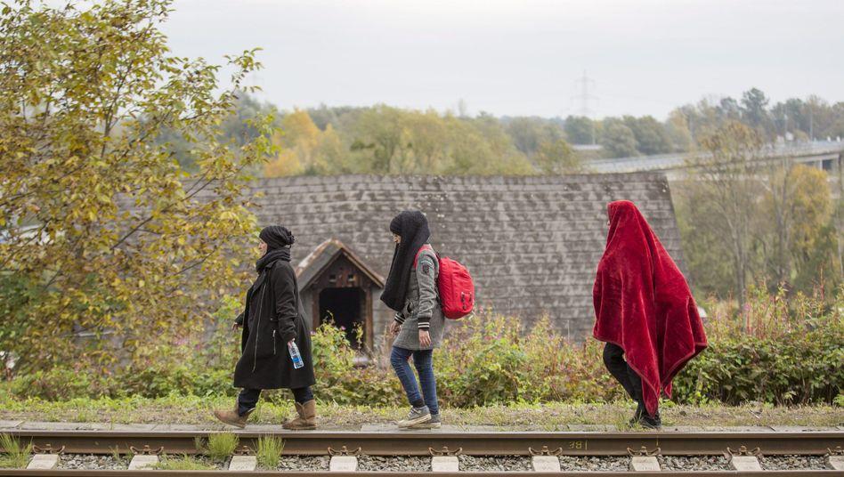 Flüchtlinge in Österreich: UNHCR fordert mehr Schutz für Frauen und Kinder