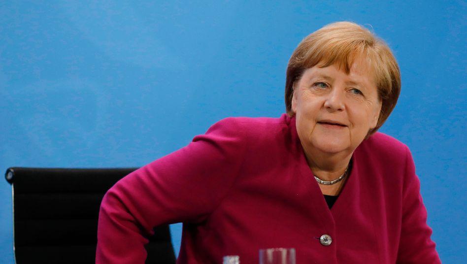 """Kanzlerin Merkel: """"Wir sehen, wie schnell sich Infektionsgeschehen wieder ausbreiten kann"""""""
