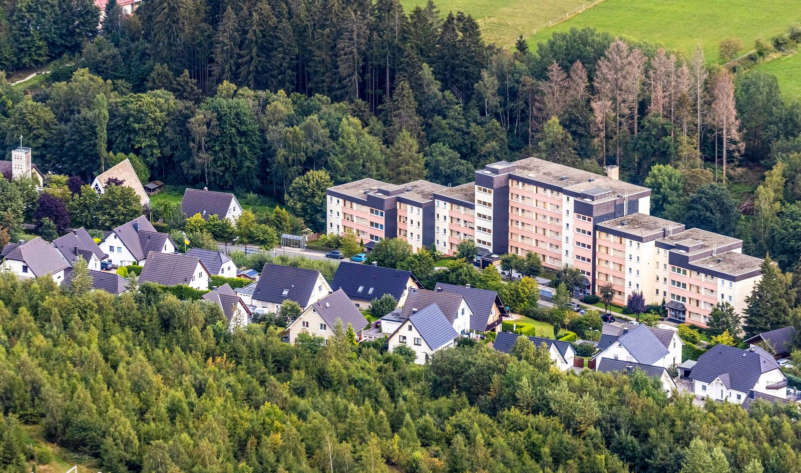 Luftbild, Comfort-Apartments, R¸bezahlweg, Einfamilienh‰user, Brilon, Sauerland, Nordrhein-Westfalen, Deutschland !ACHTU