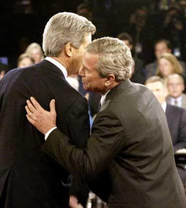 Bush bei Fernseh-Debatte: Seltsame Falten