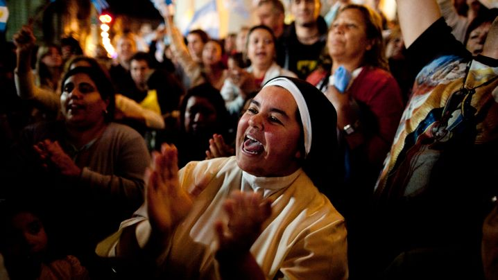 Photo Gallery: Argentines Celebrate Their Pope