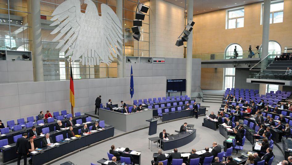 Bundestag: Karlsruhe hat Teile des derzeitigen Wahlgesetzes für verfassungswidrig erklärt