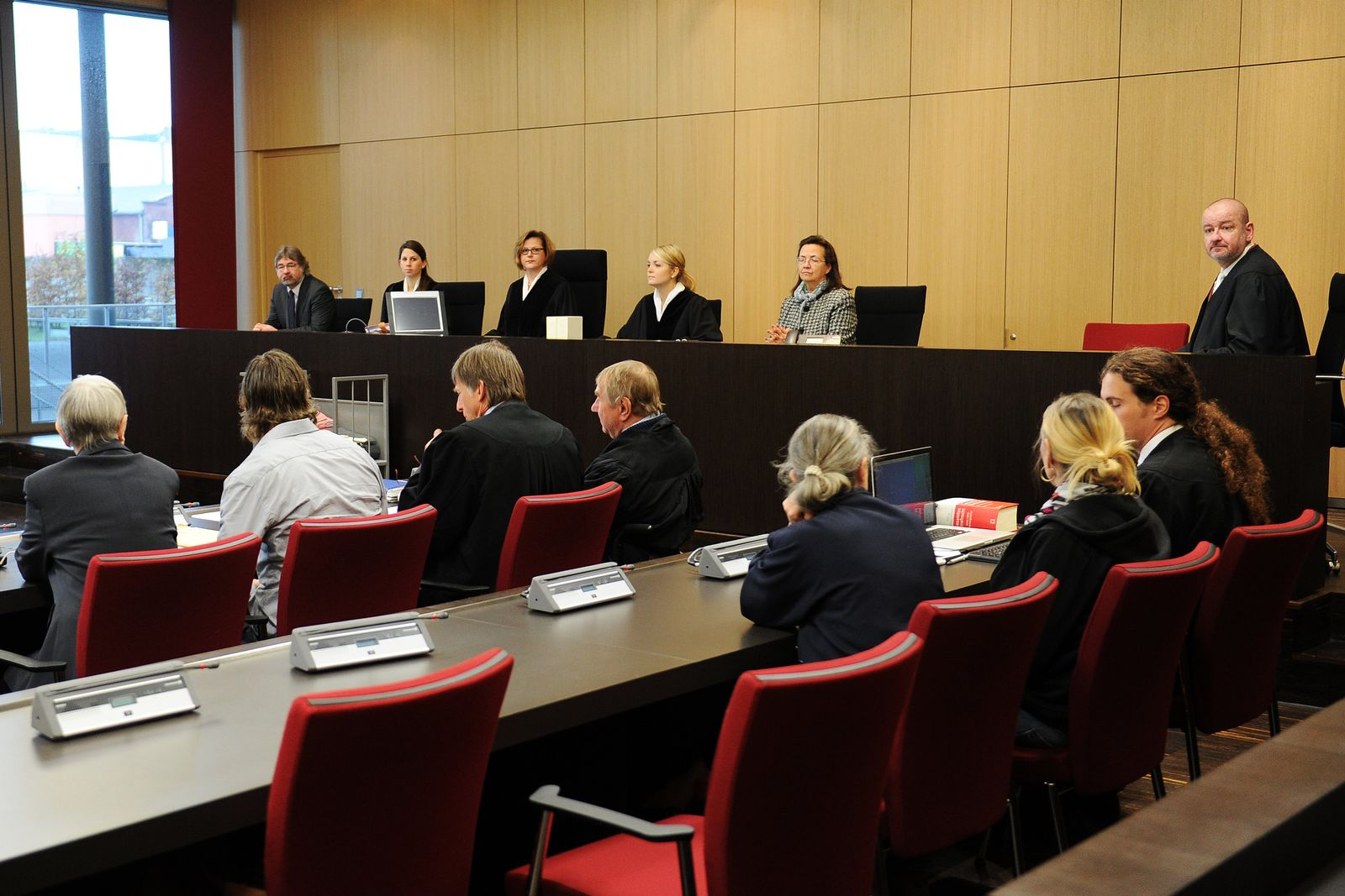 Prozess um Cyber-Banküberfall / LG Düsseldorf
