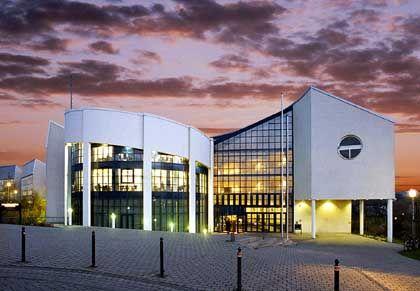 Private Universität Witten/ Herdecke: Chronisch klamm