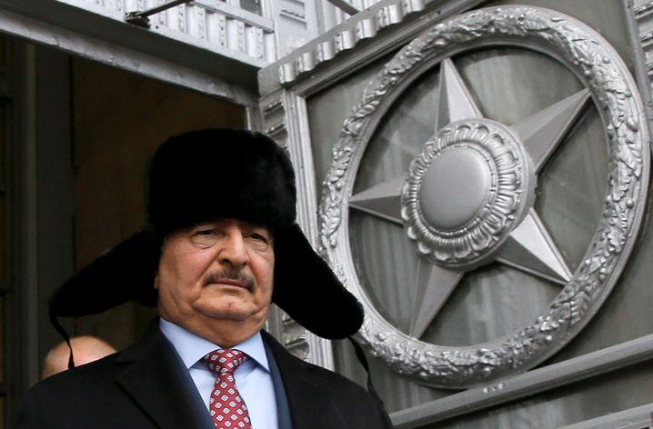 Khalifa Haftar in Moskau (2016)