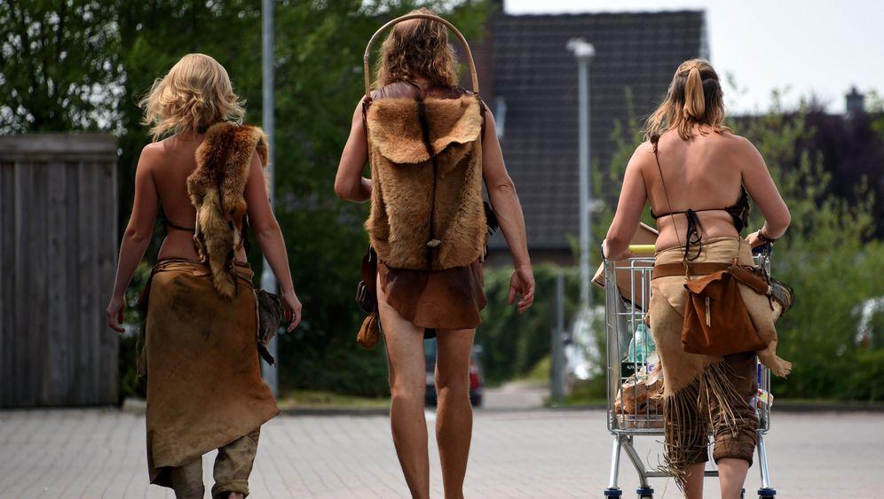Archäologie live: Zurück in die Steinzeit