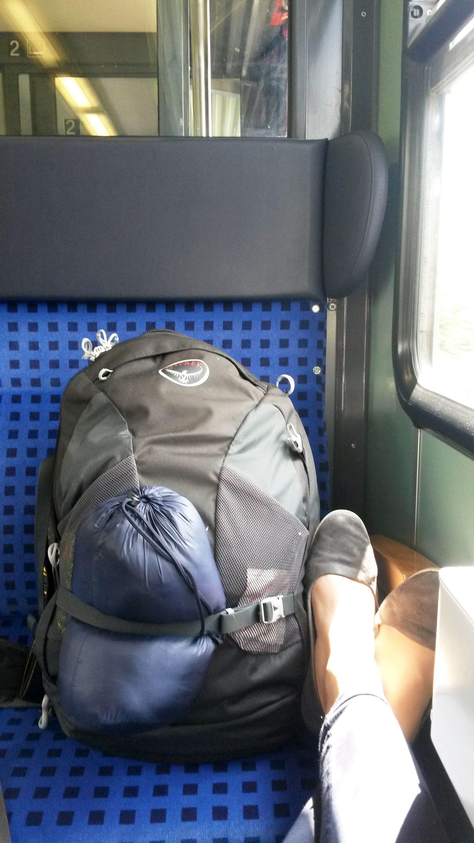 EINMALIGE VERWENDUNG Leonie Bahnfahrerin