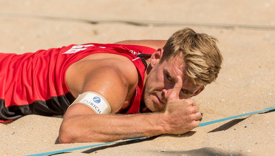 Daumen nach oben: Alexander Walkenhorst ist Mitorganisator einer neuen Beachvolleyball-Liga