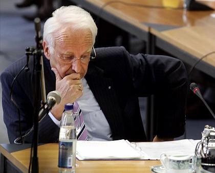 Edmund Stoiber: Alarm bei zu viel Schulden