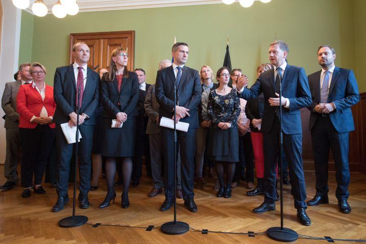 sächsischen Spitzenkandidaten: Zentrale Konfliktpunkte ausgeklammert.