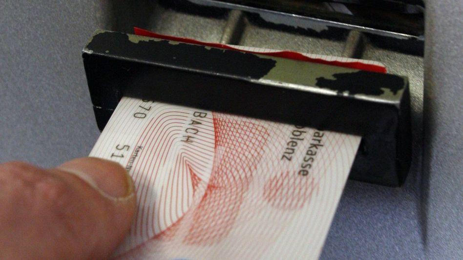 Sparkassen-Karte: Einzelhandel akzeptiert wieder EC-Karten
