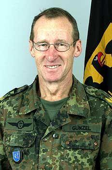 Brigadegeneral Günzel: Lobende Worte für Hohmann