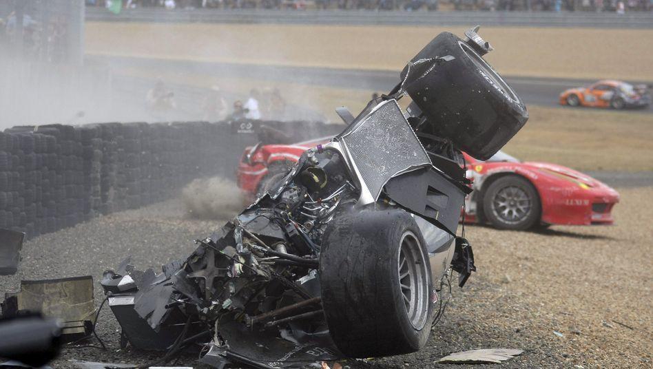 """Unfallfahrzeug McNishs: """"Das kann lebensgefährlich für uns werden"""""""