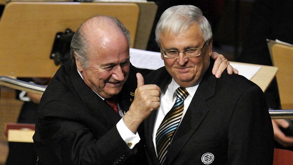 Fifa-Präsident Blatter, DFB-Präsident Zwanziger: Geschacher gehört zum Geschäft