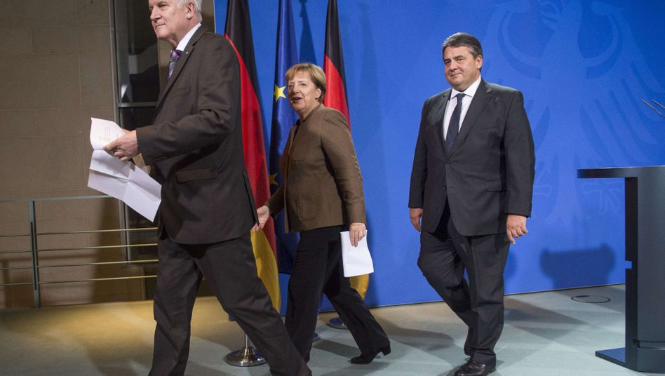 Politiker Seehofer, Merkel, Gabriel (v.l.): Kompromiss gefunden