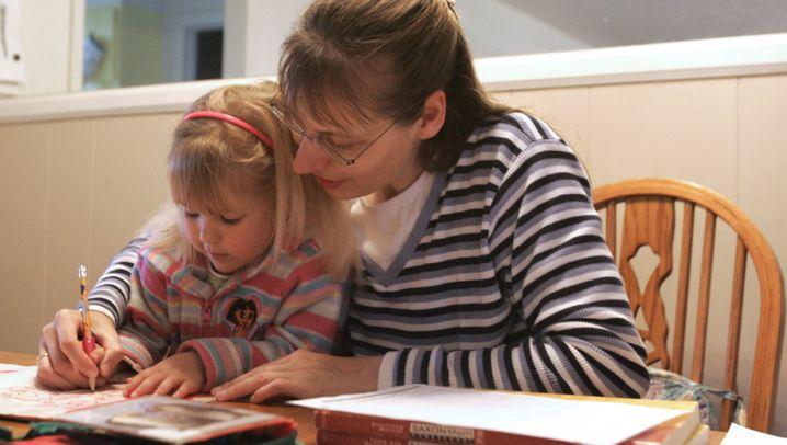 Photo Gallery: Asylum for German Home-Schoolers