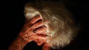 Antikörper attackiert Alzheimer-Eiweiße