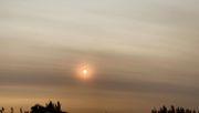 Rauchwolke aus Australien färbt Sonne in Südamerika rot