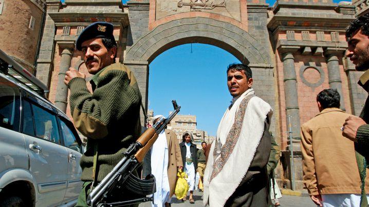 Photo Gallery: Yemen's Mystery Man
