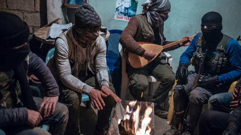 Photo Gallery: Young Kurds Fighting in Turkish Civil War