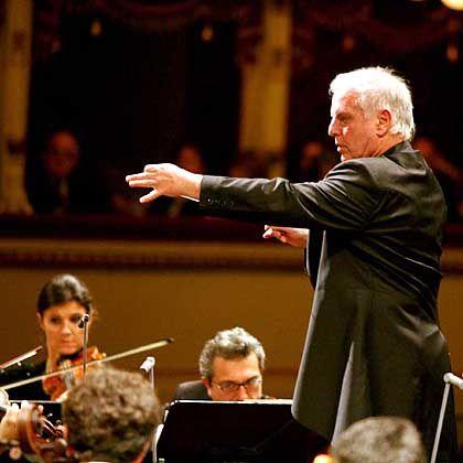 Dirigent Barenboim (in der Mailänder Scala): Will Mahlers Musik reinigen