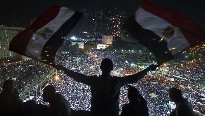 Ägypten: Zehntausende für Sisi, Zehntausende für Mursi