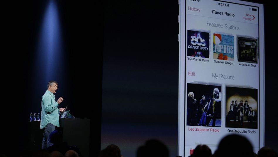 Apple-Manager Eddy Cue stellt iTunes-Radio vor (Archivbild): Neuer Streamingdienst angeblich in Planung