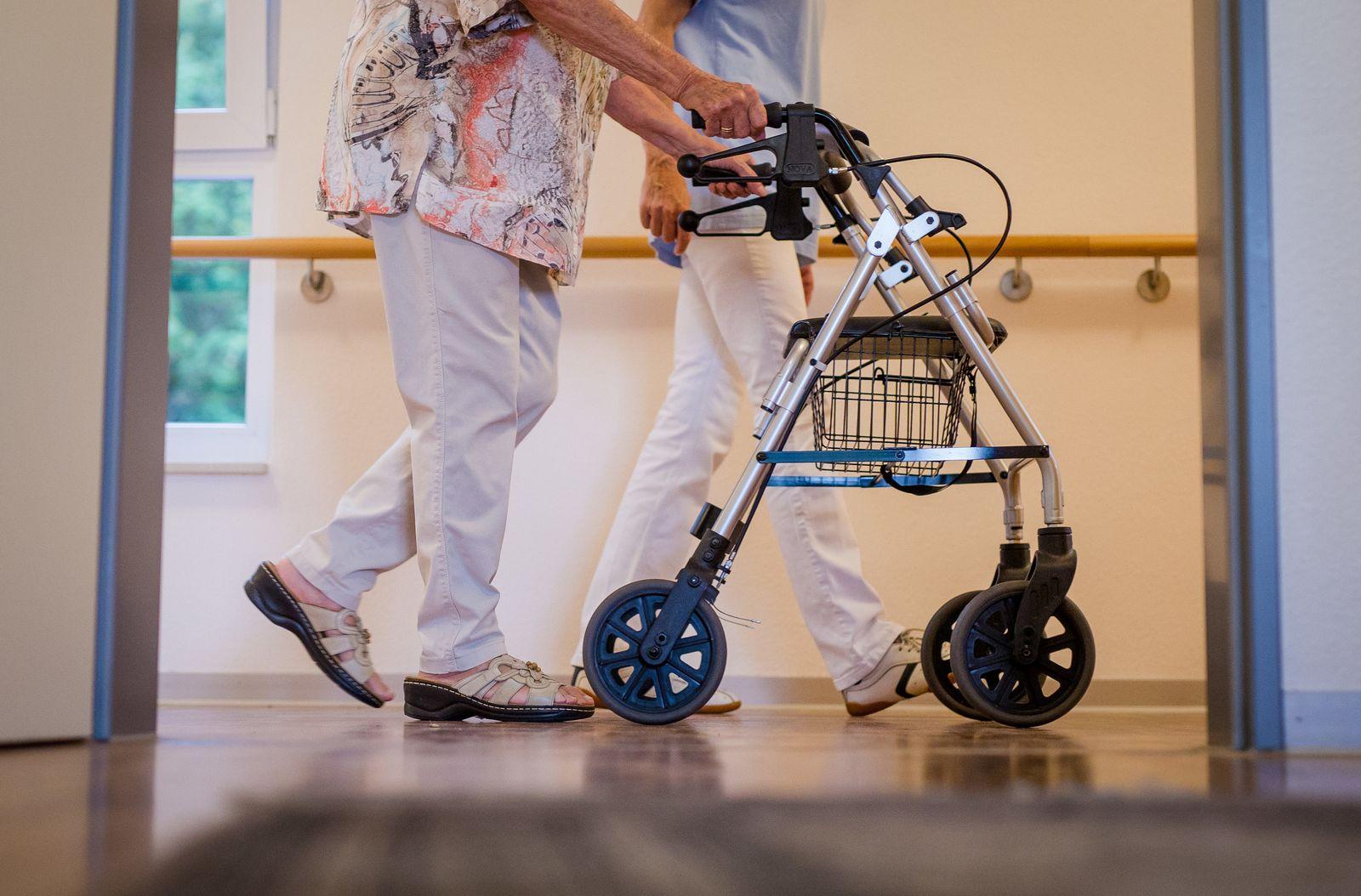 Besuche in Alten- und Pflegeheimen