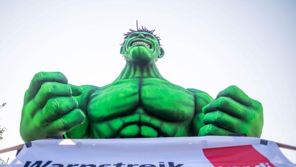Warnstreik-Demo in Duisburg: Bisherige Verhandlungen ohne Ergebnis