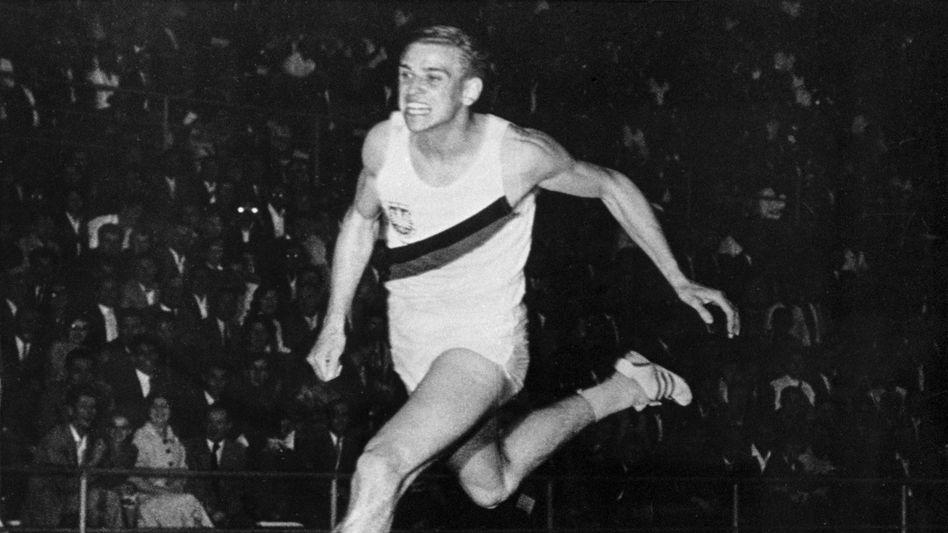 Armin Hary am 21. Juni 1960 bei seinem zweiten Rekordlauf im Letzigrund-Stadion in Zürich