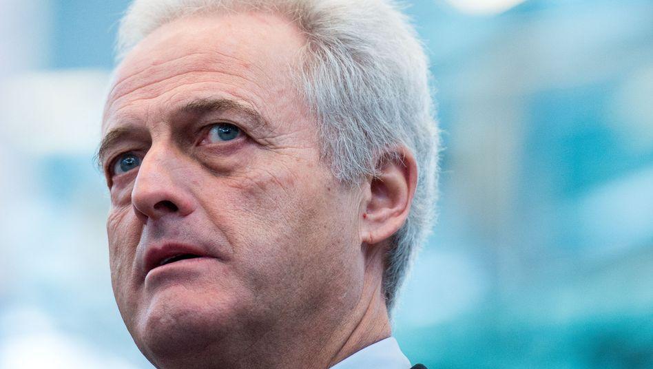 Peter Ramsauer: Der Bundesverkehrsminister steht unter Druck