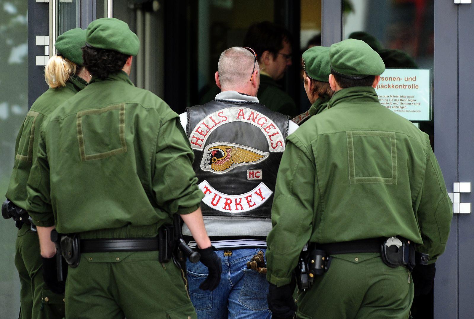 NICHT VERWENDEN Kaiserslautern / Prozess / Outlaws - Hells Angels
