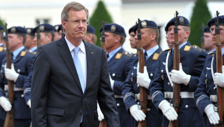 Bundespräsident Wulff (Archivbild): Deutsche wünschen mehr politische Einmischung