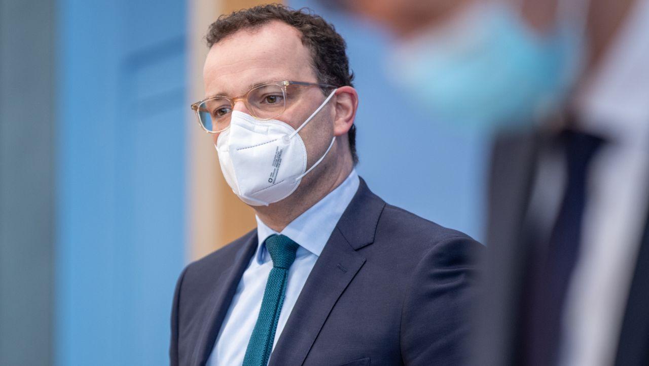 Maskenbeschaffung: Spahn beschäftigt teures Anwaltsheer https://t.co/G0lL6mHZq8