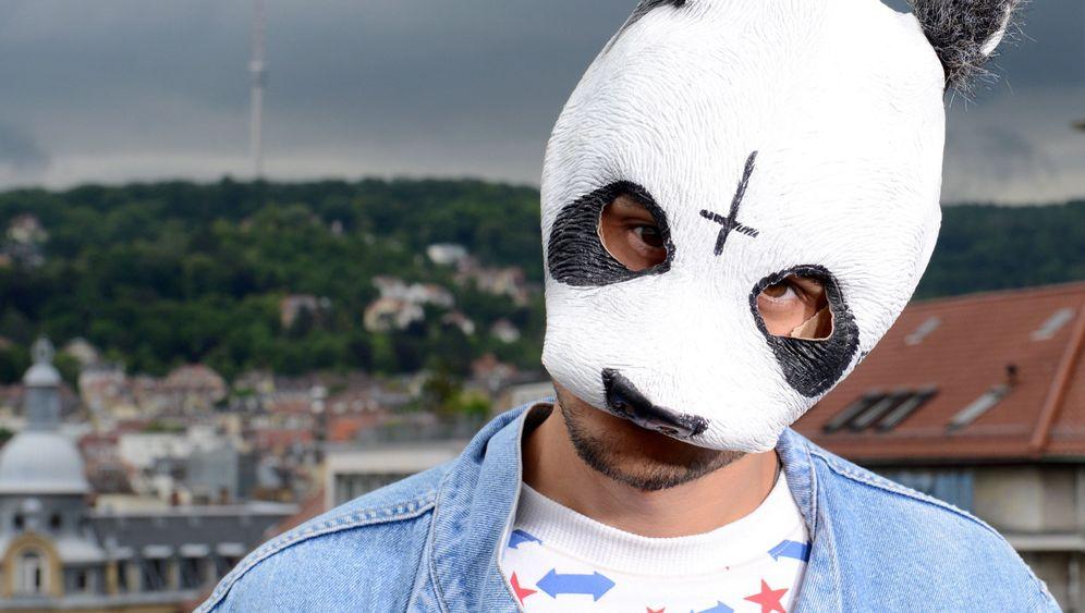 Erfolgsrapper Cro: Ein Panda erobert Deutschland