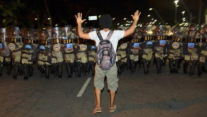 Brasilien: Friedliche Proteste und Randale