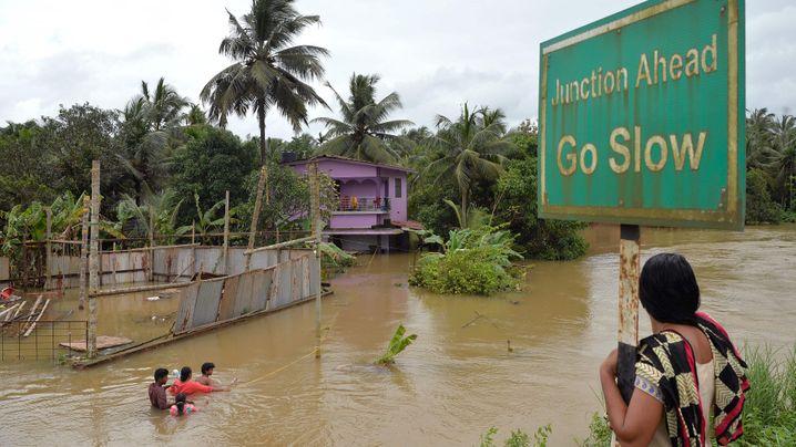"""Indien: """"Die schlimmste Flut seit hundert Jahren"""""""