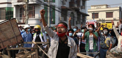 Proteste in Myanmar: Russland lehnt Sanktionen gegen Militärjunta ab