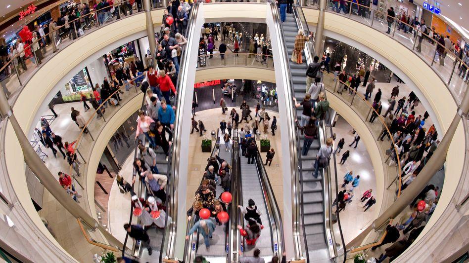 Einkaufszentrum in Dresden (Archivbild): Höhere Konsumausgaben