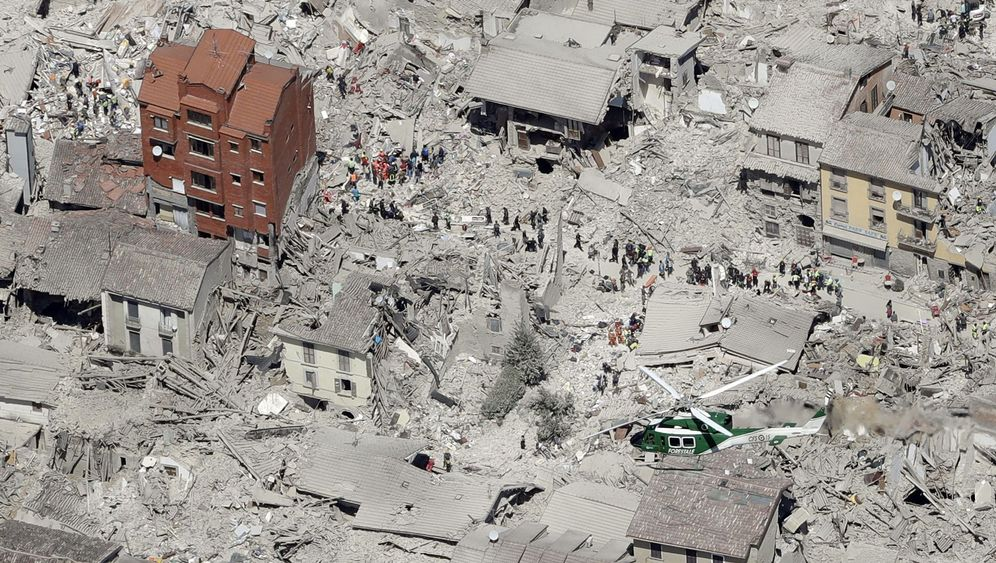 Photo Gallery: Italy's Deadly Earthquake