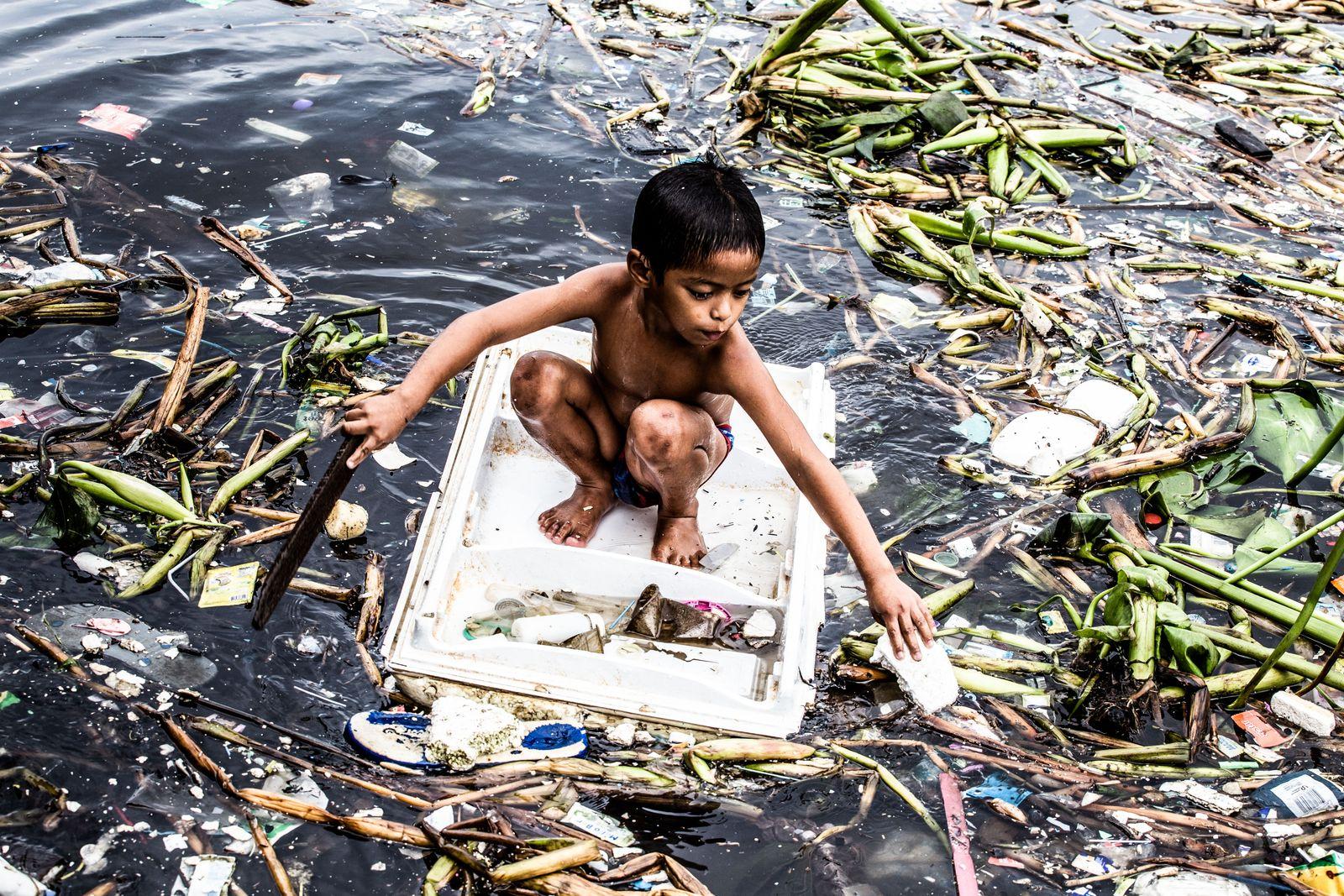 Reportage Im Meer aus Müll