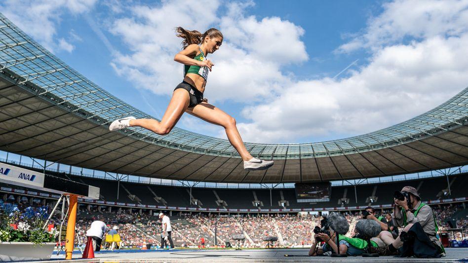 Schwebt sie schon? Gesa Krause bei den Deutschen Meisterschaften 2019 in Berlin