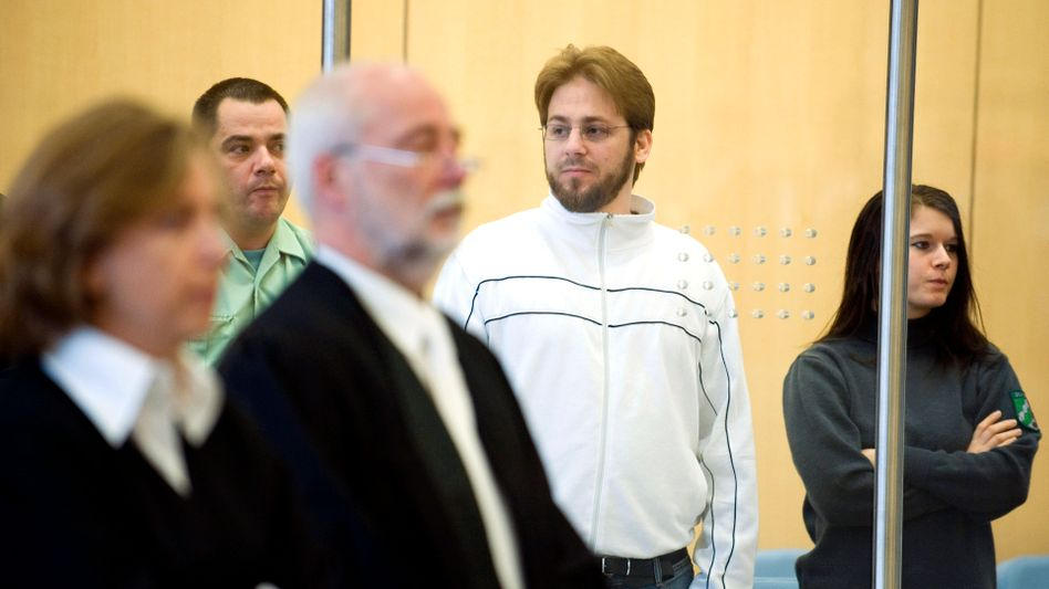 Convicted on terror charges: Will Germany's Fritz Gelowicz be freed from prison in five years?