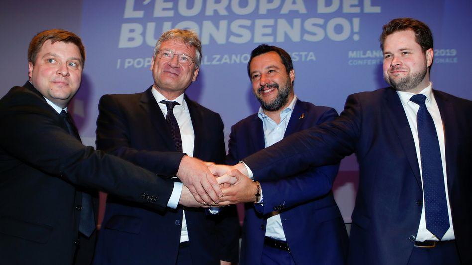 Olli Kotro (Die Finnen), Jörg Meuthen (AfD), Matteo Salvini (Lega), Anders Vistisen (Dänische Volkspartei)