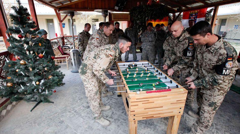 Bundeswehrsoldaten in Afghanistan: Noch vor Weihnachten wieder ARD empfangen